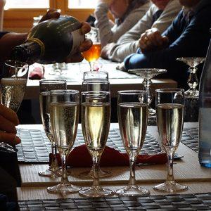 1e zaterdagmiddag wijnproeverij 2019