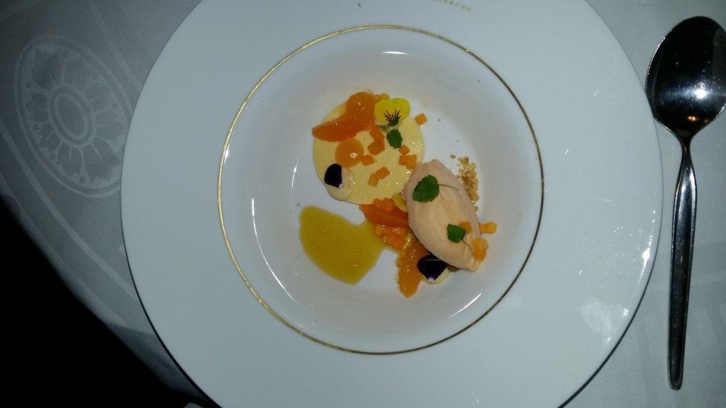 Amandel semifredo met sinaasappel van Vako Vino